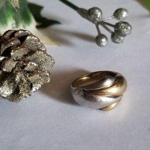 Pretty Vintage 14k Gold Ring